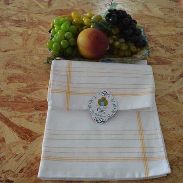 Paño de cocina en 100% algodón con diseño de hilo tintado. Puede ser personalizado con bordado.
