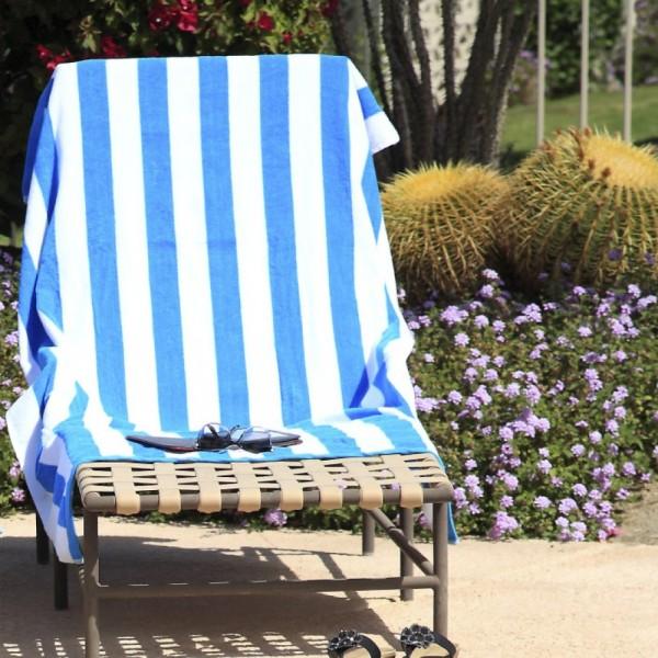 Toallas de piscina o spa 100% algodón. Se puede hacer en varios tamaños y colores.